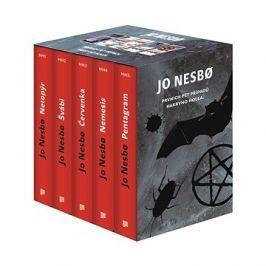 JO NESBO Prvních pět případů Harryho Holea BOX: Netopýr, Švábi, Červenka, Nemesis, Pentagram