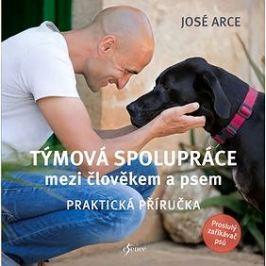 Týmová spolupráce mezi člověkem a psem: Praktická příručka