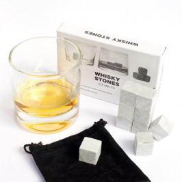 Chladící kostky z mastku do nápojů
